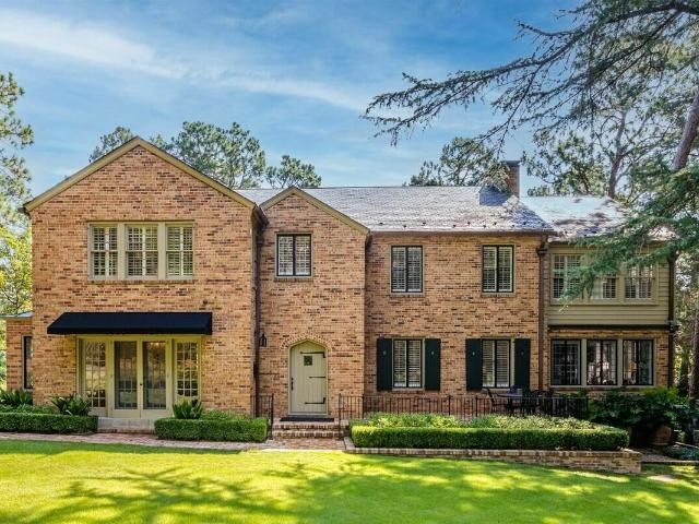 415 Fairway Drive, Southern Pines, Us, Nc