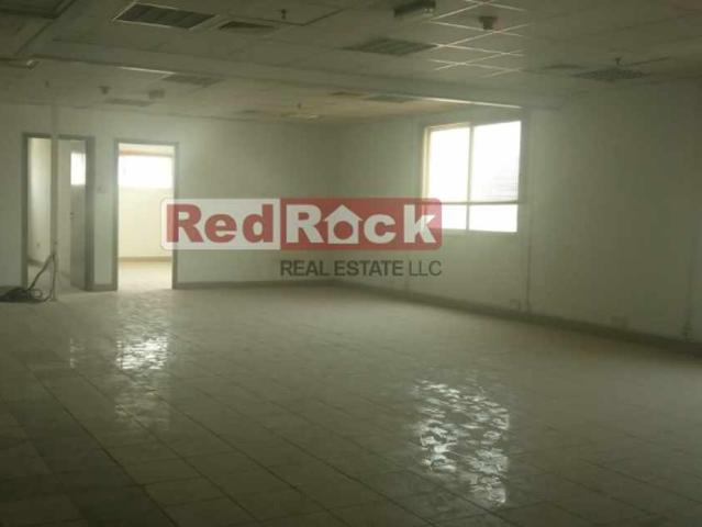 44000 Sqft Warehouse With 1000 Kw Power For Sale In Al Quoz