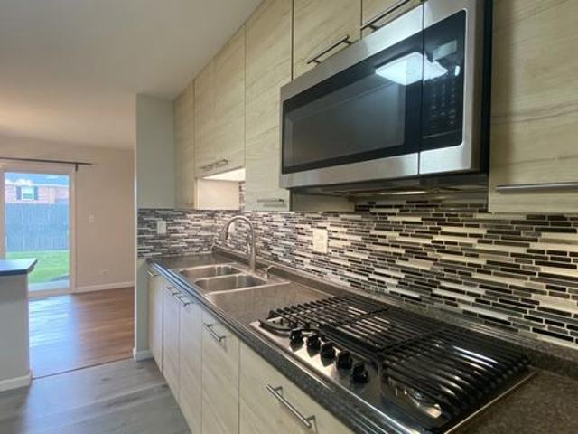 4825 Kimball Hill Dr Apt B1, Rolling Meadows, Il 60008