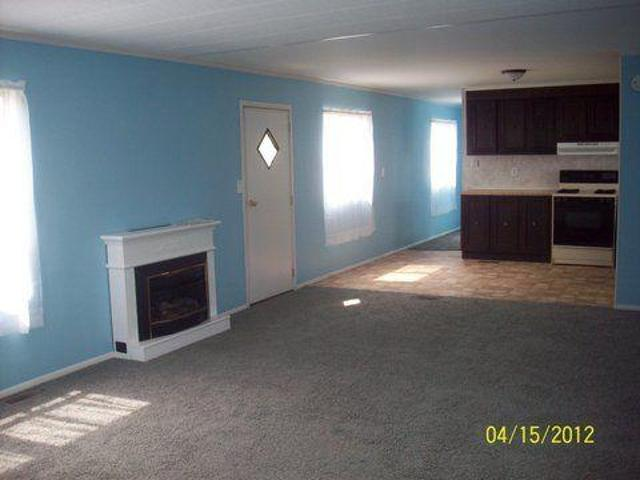 $495 / 2br 1250ft² Freshly Remodeled 2/1 With Great Room And Outside Storage Hartford City