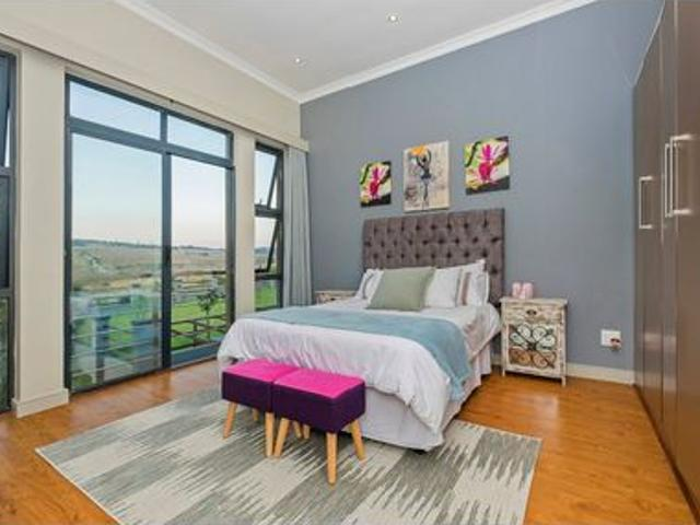 4 Bed House In Blue Hills Equestrian Estate