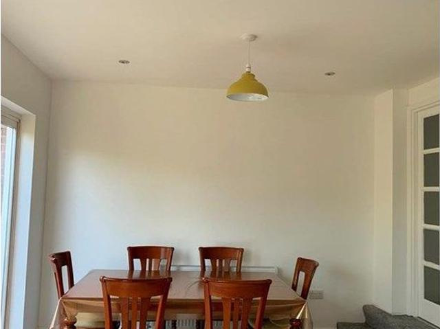 4 Bed Semi Detached House To Rent In Montrose Avenue, London Ha8 Zoopla