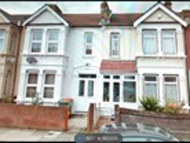 4 Bed Terraced For Rent Riverdene Road Ilford