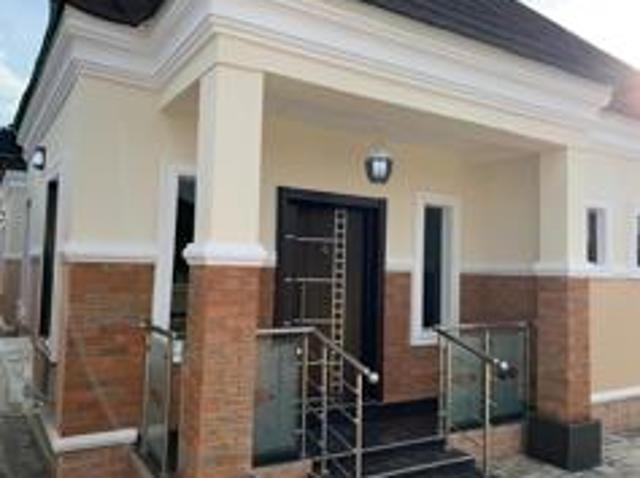 4 Bedroom Apartment / Flat For Sale In Ibadan South East For ₦ 29 999 999 With Web Referen...