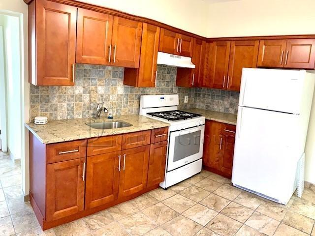4 Bedroom Apartment For Rent At 4413 25th Ave #2, New York, Ny 11103 Astoria