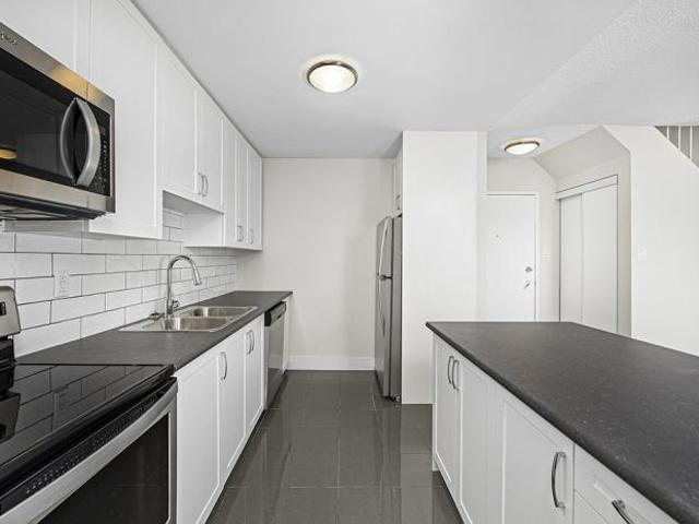 4 Bedroom Apartment Unit Mississauga On For Rent At 2479