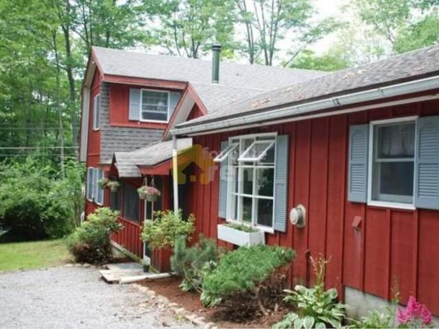 4 Bedroom Detached House Diamond Point Ny For Rent At 2400
