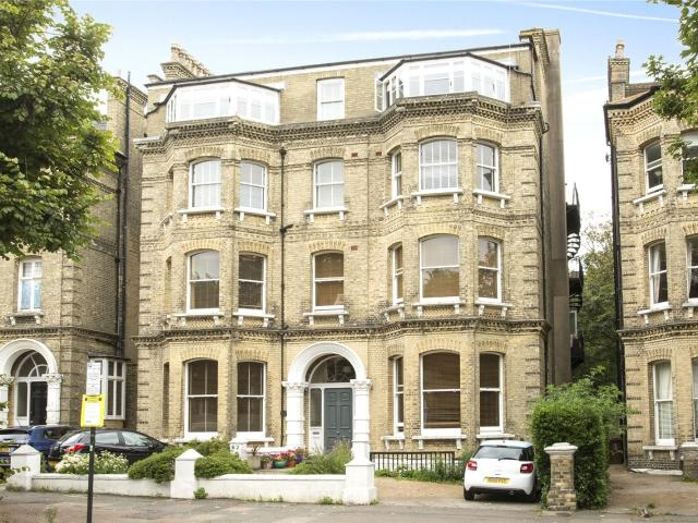 4 Bedroom Flat For Sale In The Drive, Hove, Bn3 On Boomin