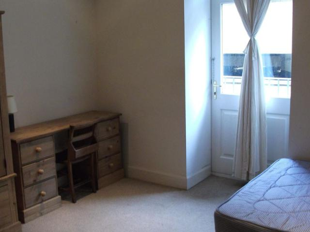 4 Bedroom Flat To Rent Commercial Street Dundee