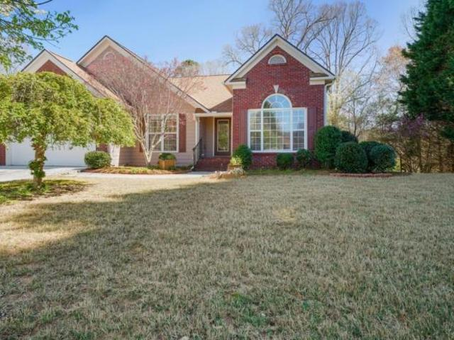 4 Bedroom, Flowery Branch Ga 30542