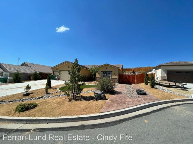 4 Bedroom Home For Rent At 17965 Cedar Mountain Ct, Reno, Nv 89508