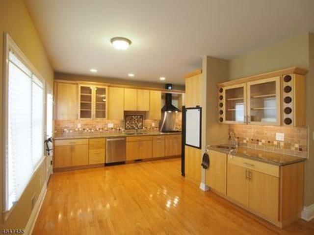 4 Bedroom Home For Rent At 227 Sherman Ave #227, Berkeley Heights, Nj 07922