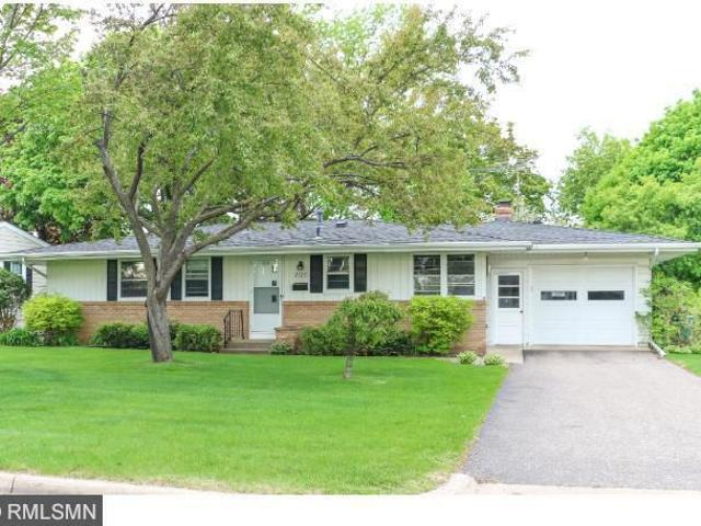 4 Bedroom Home For Rent At 2326 Sumter Avenue South, St. Louis Park, Mn 55426 Willow Park
