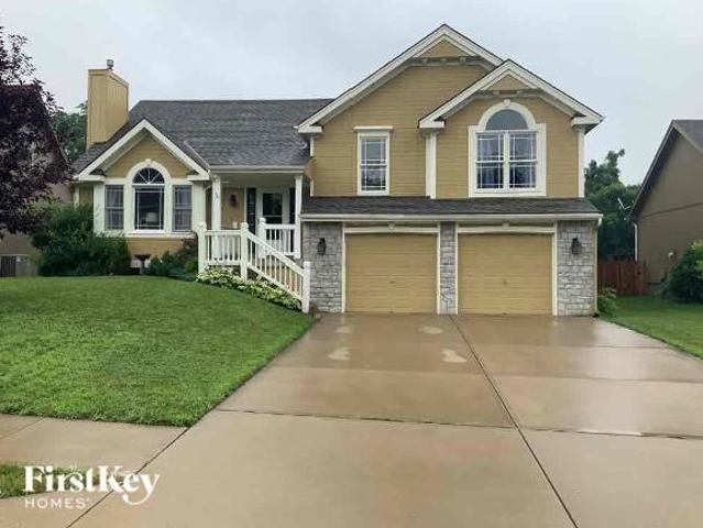 4 Bedroom Home For Rent At 7615 N Everton Ave, Parkville, Mo 64152