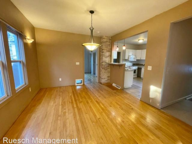 4 Bedroom Home For Rent At 805 805 Cherry St Sfh, Green Bay, Wi 54301 Navarino