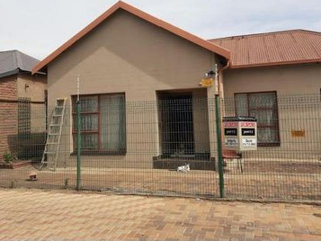 4 Bedroom House For Sale In Dalview