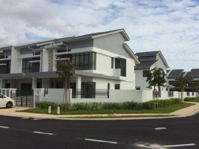New Double Storey Superlink Corner House For Sale/rent