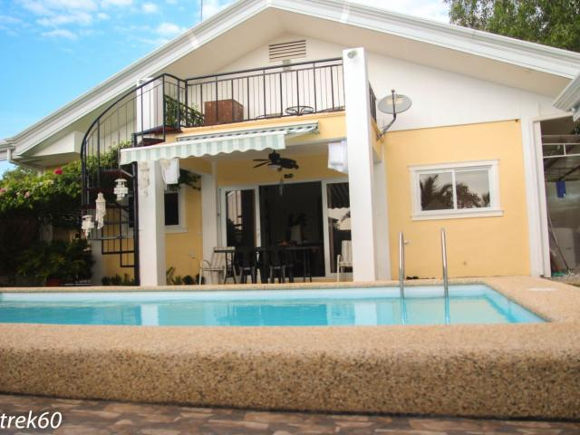 4 Bedroom House Plus 2 Studio Units For Sale In Panglao, Bohol!