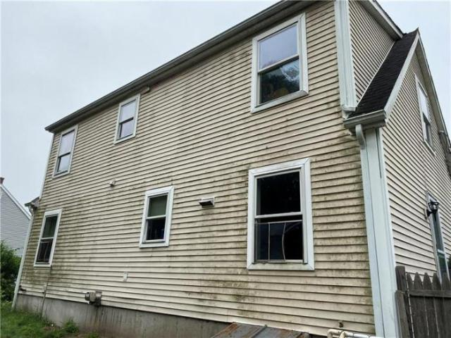 4 Bedroom House Westerly Ri