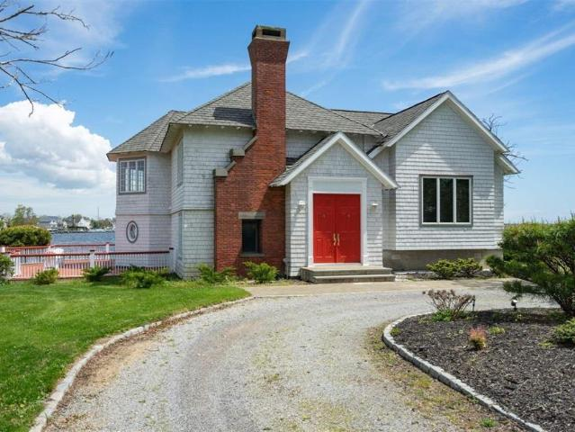 4 Bedroom Luxury House For Sale In Great River, United States