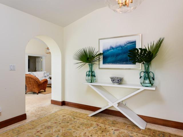 4 Bedroom Luxury Villa For Rent In Palm Beach, United States