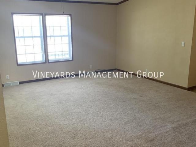 4 Bedroom, Marion Il 62959
