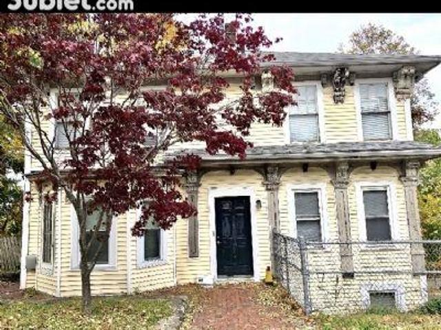 4 Bedroom, Middlesex Ma 02458