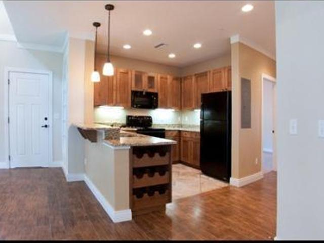 4 Bedroom Townhouse For Fall 2015 Right Next To Uf