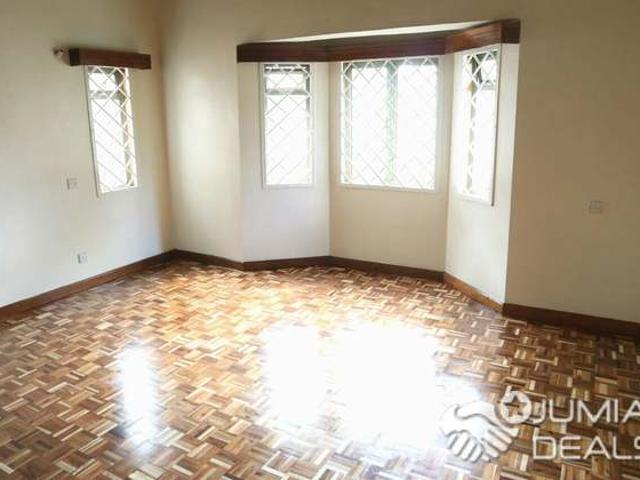 4 Bedroom With The Dsq Townhouse At Lavngton Nairobi Kenya