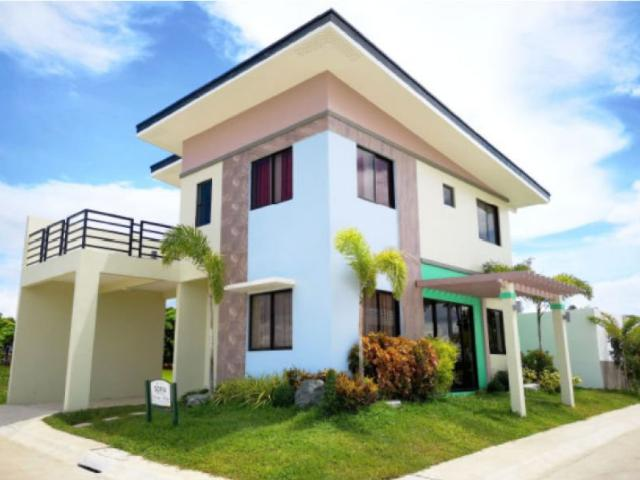 4 Bedrooms Single Attached House And Lot For Sale In Trece Martires, Cavite