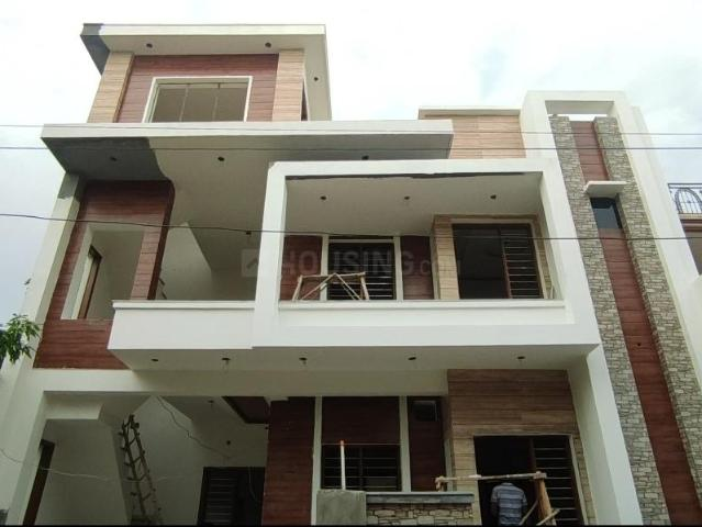 4 Bhk Independent House In Utrathiya For Resale Zirakpur. The Reference Number Is 6578816