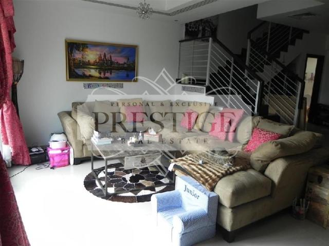 4 Br Townhouse With Garden Aed 2,875,000
