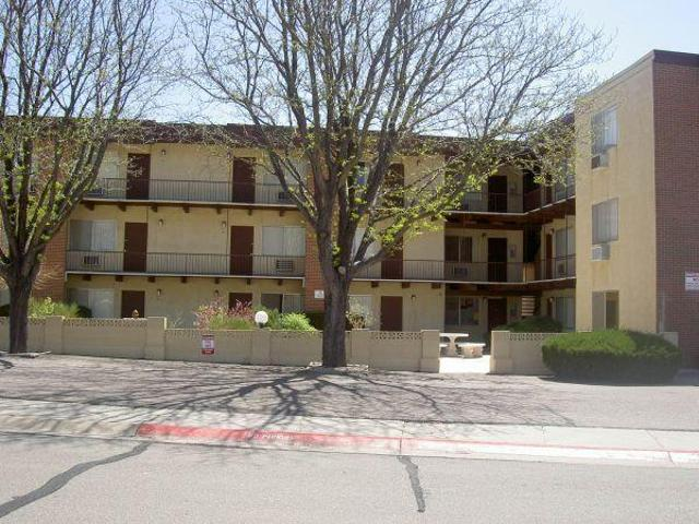 $505 Cute One Bedroom Apartment Ready For Immediate Mov In! Belmont