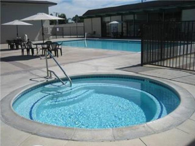 $510 Each Shared Room For 2 Females Pool Gym