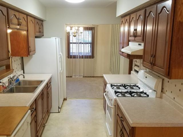 5128 Maplewood Dr. 3 Bedroom 1.5 Bathrooms Single Family House