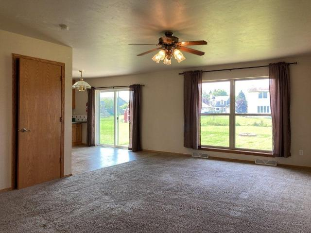 516 Clay St, Wrightstown, Wi Apartments For Rent
