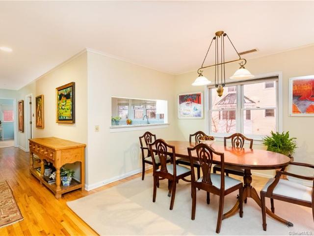 51 Forest Avenue #50 Greenwich, Ct 06870