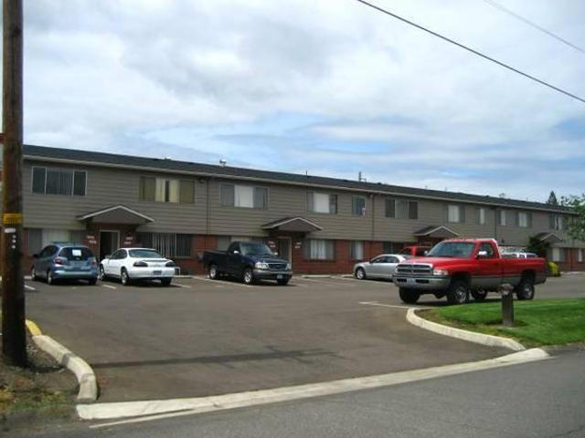 $525 / 2br 800ft² Jadewest Apartments~upstairs Unit~water