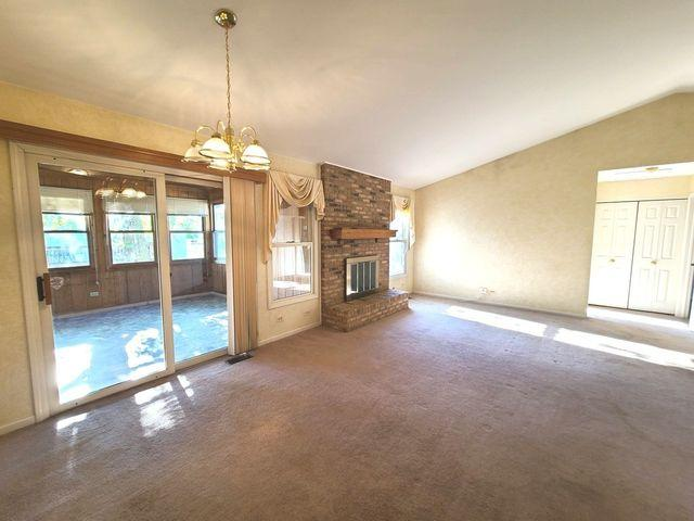 525 Old Country Way, Wauconda, Il 60084