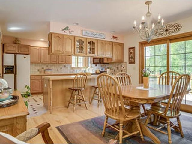 527 1st St, Somers, Wi 53403