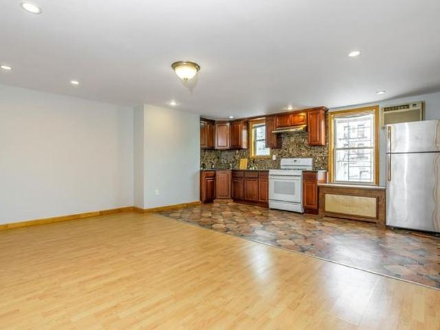 527 50th Ave Unit 3, Queens, Ny 11101