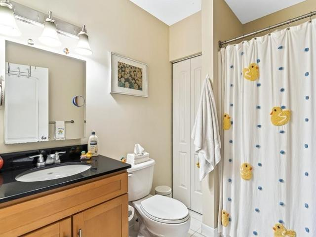 52 Lawrence Dr #m608, Lowell, Ma 01854