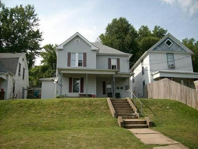 $550 / 2br 2 Bed 1bath All Electric Upstairs Apartment Close F