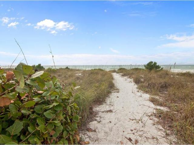 5655 Gulf Of Mexico Drive #c203, Longboat Key, Fl 34228