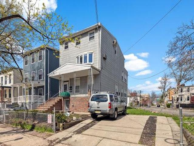 56 Waverly St. 3 Family Home For Sale!