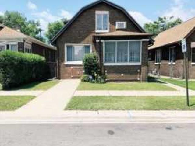 5 Bd, 3 Ba, 3000 Sqft House For Sale East Chicago, Indiana