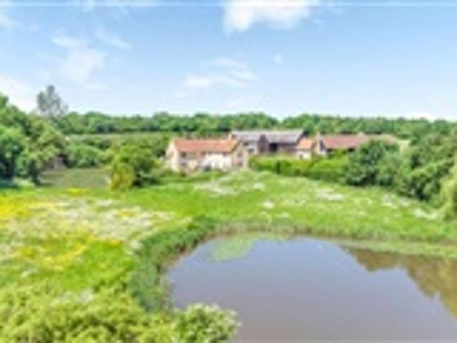 5 Bed Property For Sale Colne Road Bures