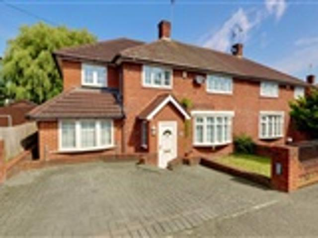 5 Bed Semi Detached For Sale Whitehills Road Loughton