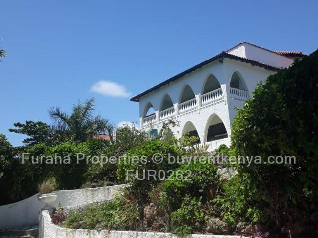 5 Bed Townhouse For Sale In Nyali Area