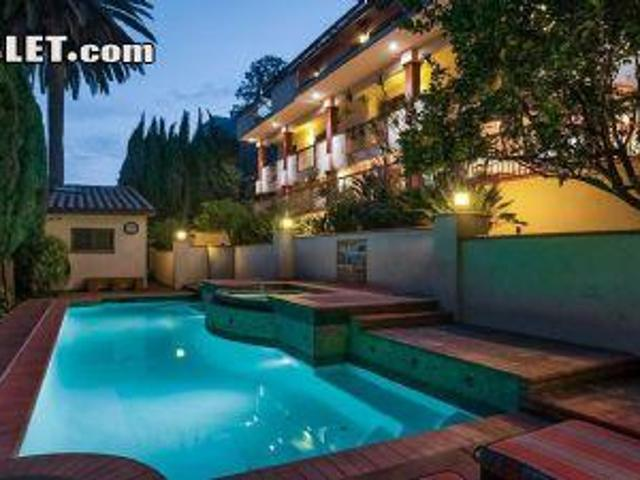 5 Bedroom Detached House Los Angeles Ca For Rent At 17999